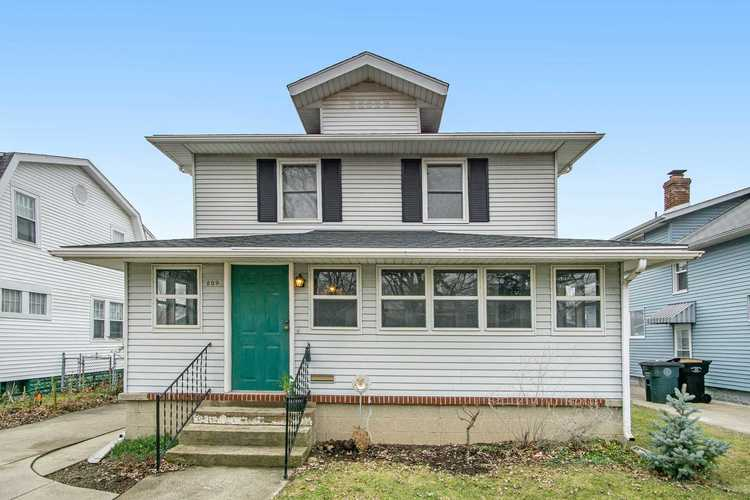 809 S 33rd Street S South Bend, IN 46615-2322   MLS 202001738   photo 1