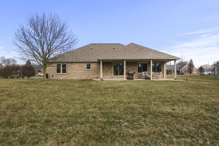 8063 Circling Hawk Drive Russiaville, IN 46979 | MLS 202001993 | photo 25
