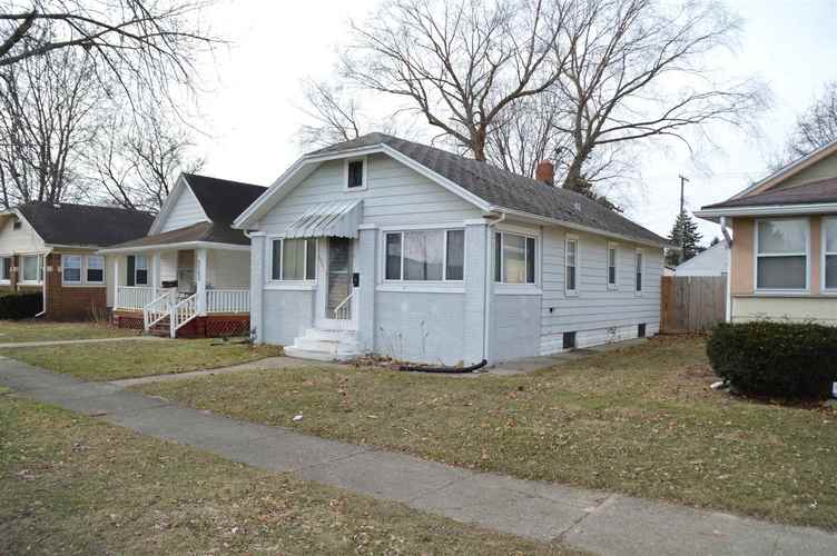 2001 S Taylor Street South Bend, IN 46613 | MLS 202002054
