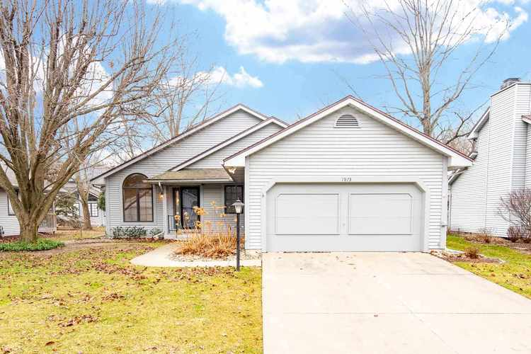 1973  Creekbank Lane South Bend, IN 46635-2056 | MLS 202002067