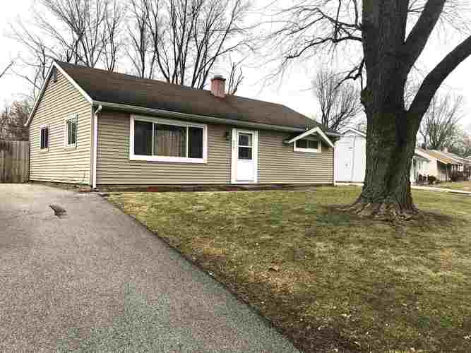 596  Courtney Drive New Haven, IN 46774-2679 | MLS 202002137