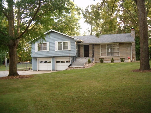 101  Shady Lane Drive Wabash, IN 46992 | MLS 202002156
