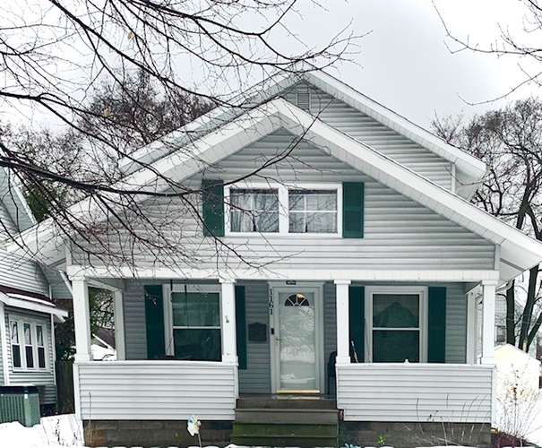 1161 Strong Avenue Elkhart IN 46514-2414 | MLS 202002446 | photo 1
