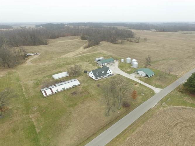 6381 E County Road 450 N Road E Otwell, IN 47564 | MLS 202002522 | photo 2