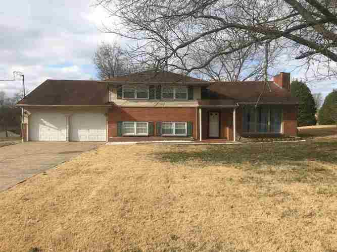 208 S Second Avenue Holland, IN 47541 | MLS 202002530