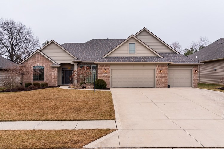 10502  Tesoro Cove Fort Wayne, IN 46845-2152 | MLS 202002933
