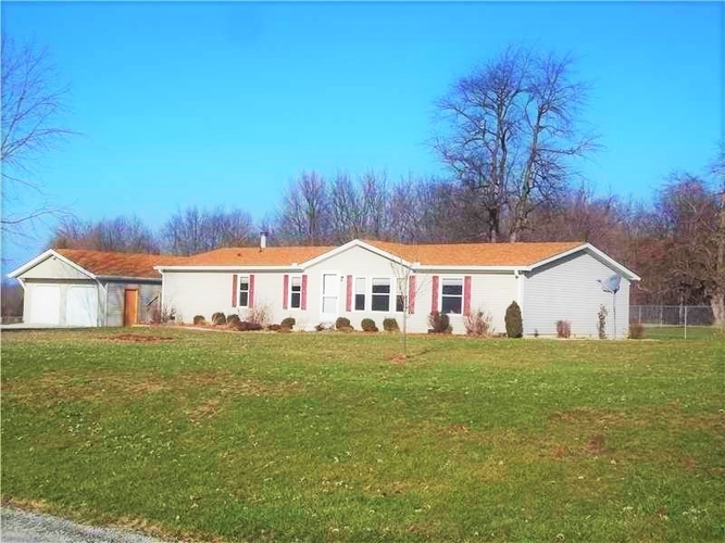 770 W County Road 1100 South W Clay City, IN 47841-8257 | MLS 202003025 | photo 2