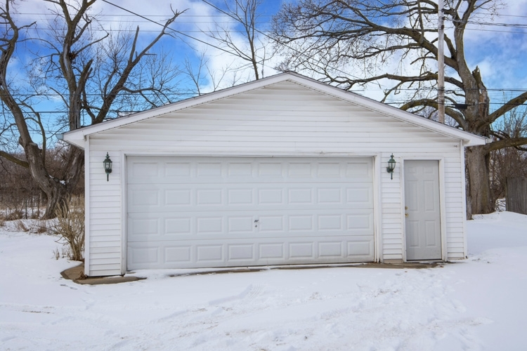 1133 Diamond Avenue South Bend, IN 46628 | MLS 202003056 | photo 24
