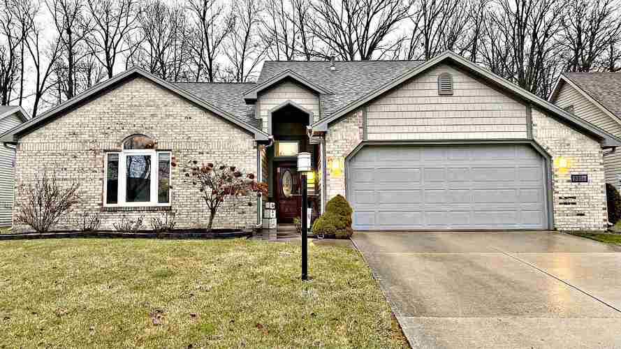 8612 Spring Forest Drive Fort Wayne, IN 46804-6439 | MLS 202003069 | photo 1