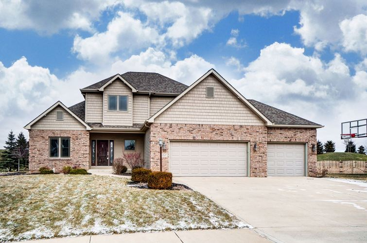 1517  Sweet Flag Cove Fort Wayne, IN 46814 | MLS 202003259