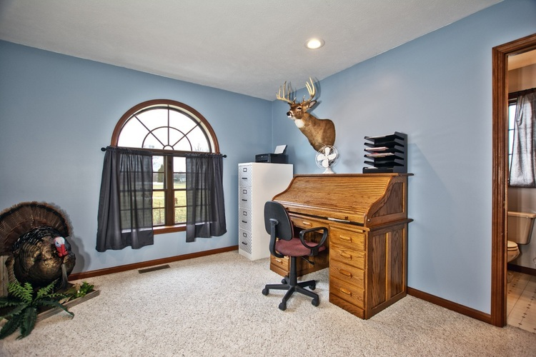 56250 County Road 35 Middlebury, IN 46540 | MLS 202003325 | photo 18