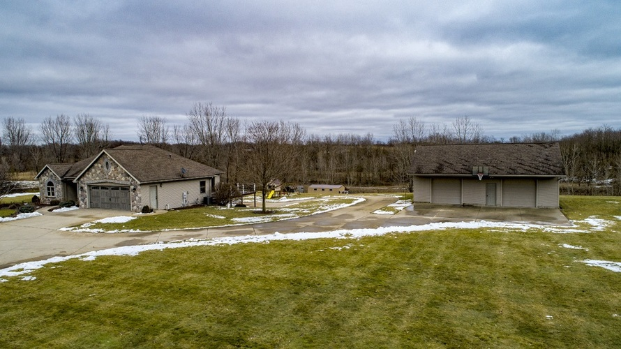 56250 County Road 35 Middlebury, IN 46540 | MLS 202003325 | photo 26