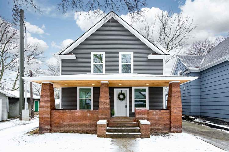 226 Hammond Place South Bend IN 46601-1019 | MLS 202003405 | photo 1