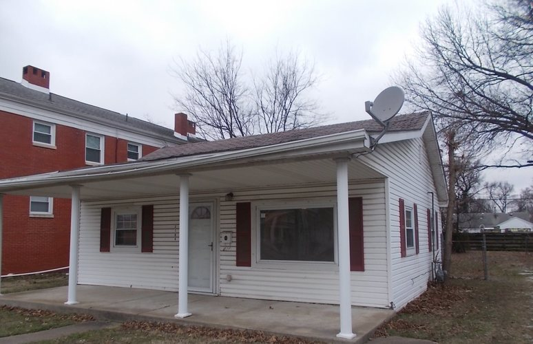 2104 Washington Avenue Evansville IN 47714 | MLS 202003417 | photo 1