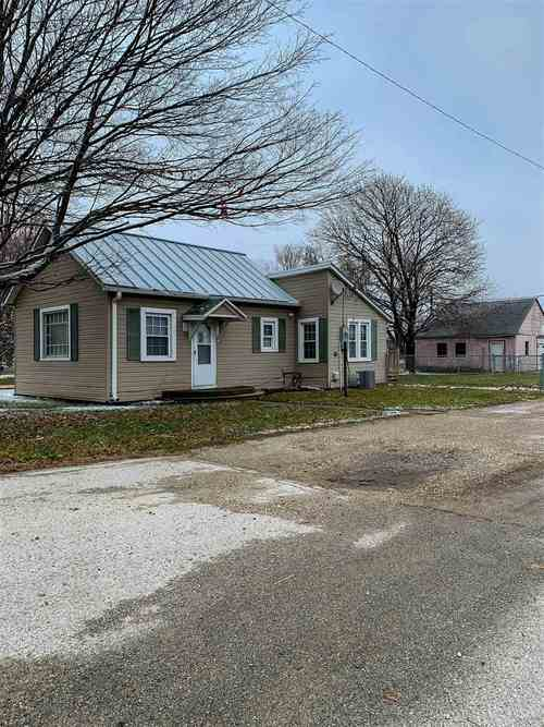 409 S Main Street Lynn, IN 47355 | MLS 202003548