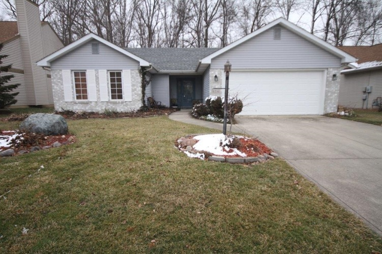 8516 Spring Forest Drive Fort Wayne, IN 46804   MLS 202003878   photo 1
