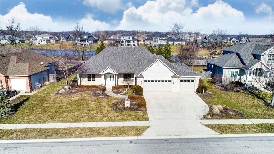 4213  Cordell Cove Fort Wayne, IN 46845-8864 | MLS 202004271