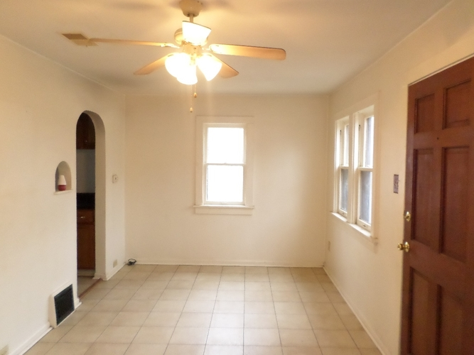 150 E Murray Street South Bend IN 46537 | MLS 202004461 | photo 2
