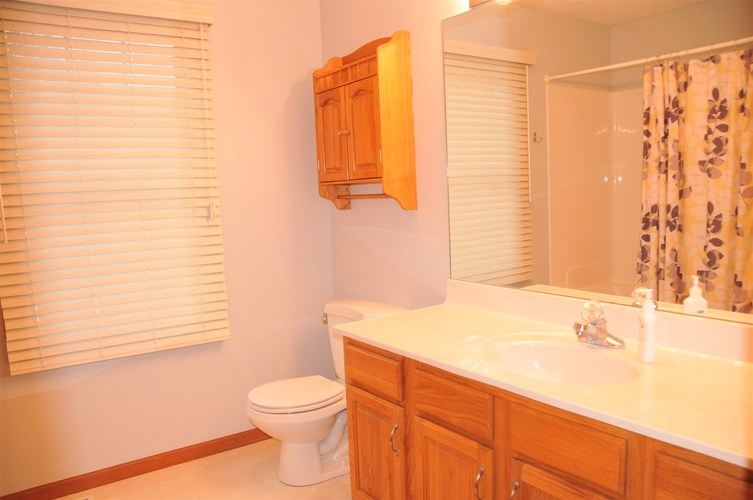418 Crimson Lane Plymouth, IN 46563 | MLS 202005091 | photo 17