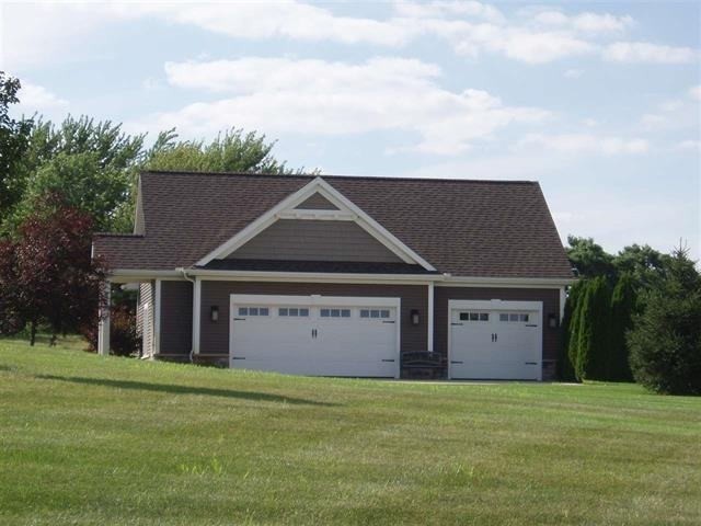 11339 Fishers Pond Middlebury, IN 46540 | MLS 202006002 | photo 4