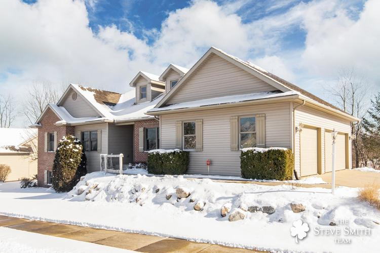 24679 Autumn Wood Drive South Bend, IN 46628-8460 | MLS 202006019 | photo 1