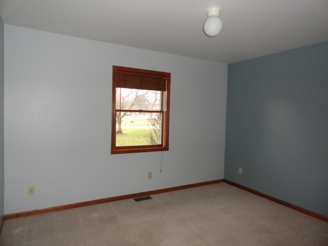 866 W Swartzell Drive Rensselaer IN 47978 | MLS 202006531 | photo 11