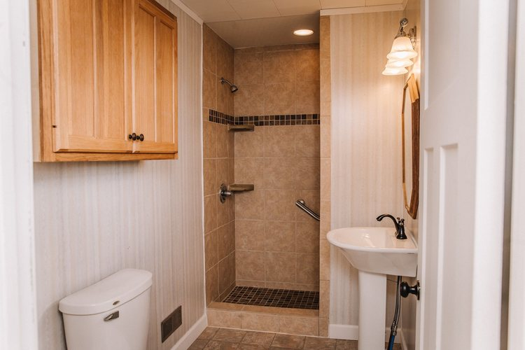 605 S State Street S South Whitley, IN 46787-1415 | MLS 202006758 | photo 11