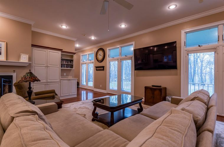 9940 S Valley Mission Road Bedford IN 47421-9667 | MLS 202007077 | photo 11