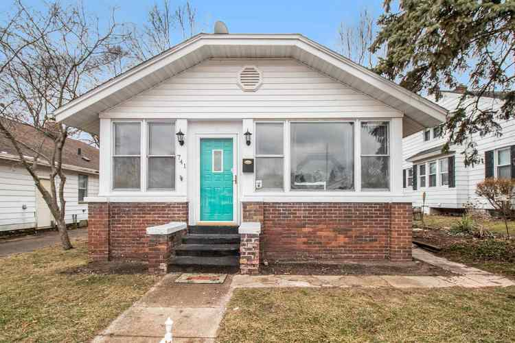 741 S 31st Street South Bend IN 46615 | MLS 202007094 | photo 1
