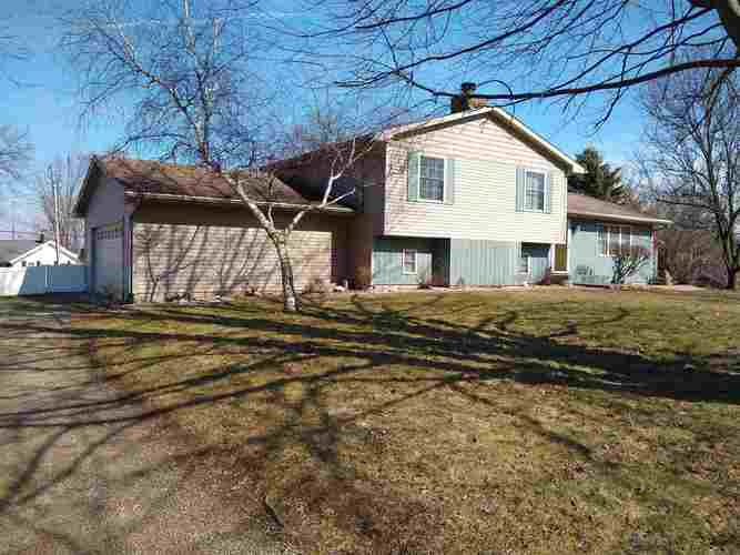 721 E Boydston Mill Drive North Webster IN 46555-9599 | MLS 202008243 | photo 1