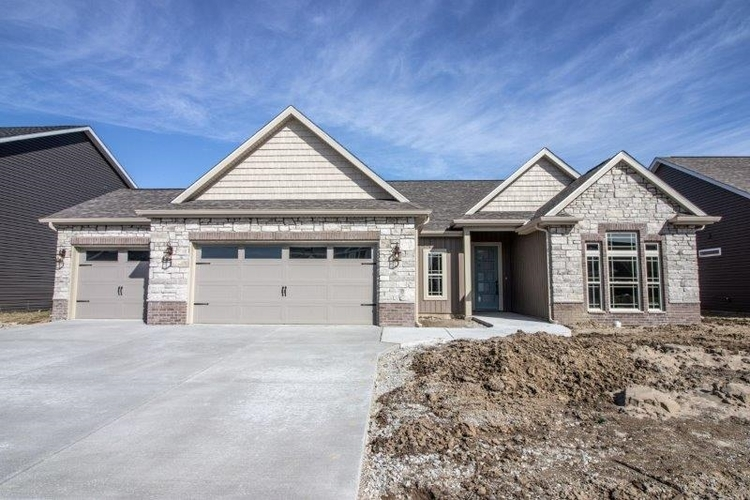 2862 Needletail Drive West Lafayette IN 47906 | MLS 202008415 | photo 2