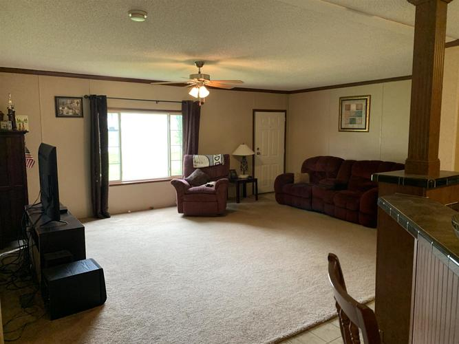 414 E State Road 64 Oakland City IN 47660   MLS 202008858   photo 15