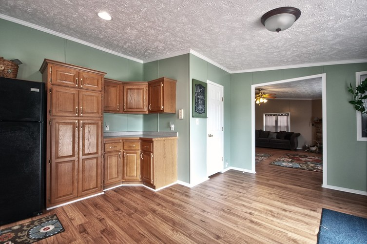 53130 State Road 13 Middlebury IN 46540 | MLS 202008941 | photo 11