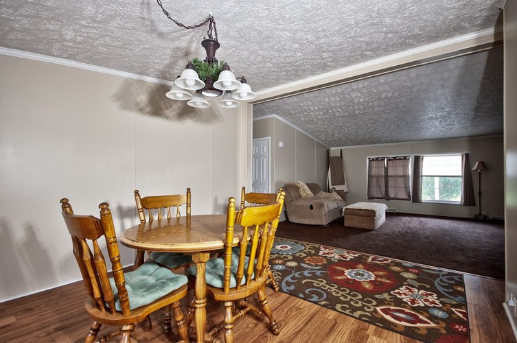 53130 State Road 13 Middlebury IN 46540 | MLS 202008941 | photo 15