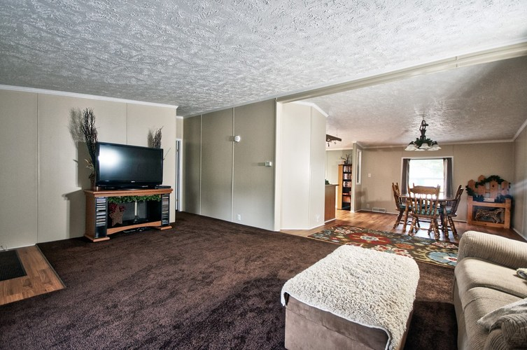 53130 State Road 13 Middlebury IN 46540 | MLS 202008941 | photo 17