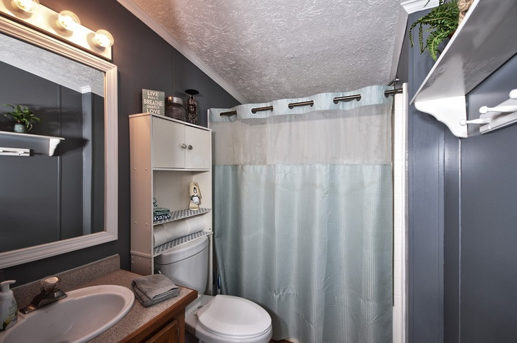 53130 State Road 13 Middlebury IN 46540 | MLS 202008941 | photo 19