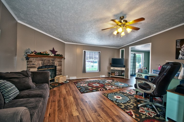 53130 State Road 13 Middlebury IN 46540 | MLS 202008941 | photo 4