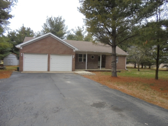 7301 S Equestrian Muncie IN 47302-8442 | MLS 202008957 | photo 1
