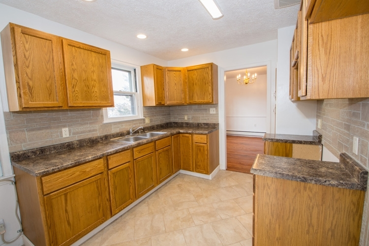 1722 E Edison Road South Bend IN 46617 | MLS 202009107 | photo 13