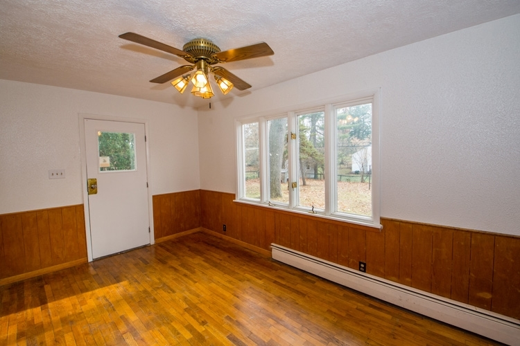 1722 E Edison Road South Bend IN 46617 | MLS 202009107 | photo 17