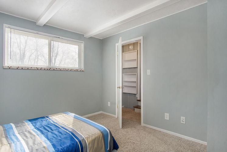 2245 E Madison Street E South Bend, IN 46615-2523 | MLS 202009520 | photo 22