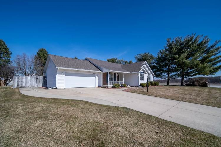10021 Shadow Wood Drive Granger, IN 46530 | MLS 202009630 | photo 31