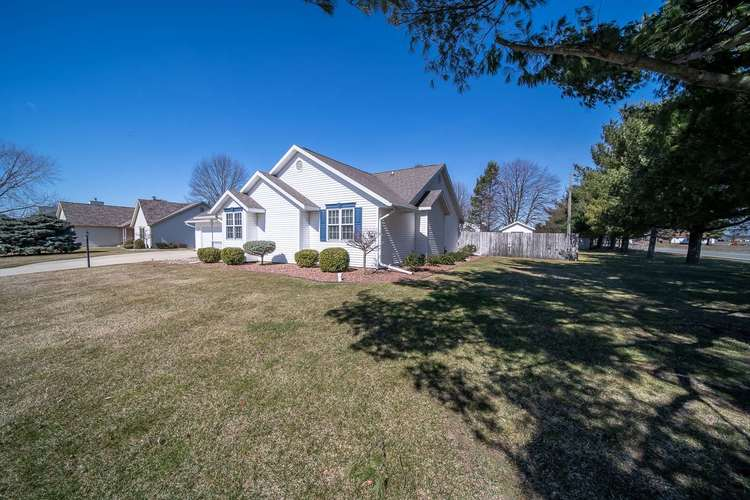10021 Shadow Wood Drive Granger, IN 46530 | MLS 202009630 | photo 32
