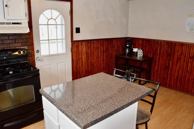 621 W State Street Albany IN 47320 | MLS 202009775 | photo 4