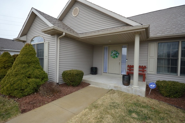 13849 Old Colony Drive Granger, IN 46530-4737 | MLS 202009964 | photo 10