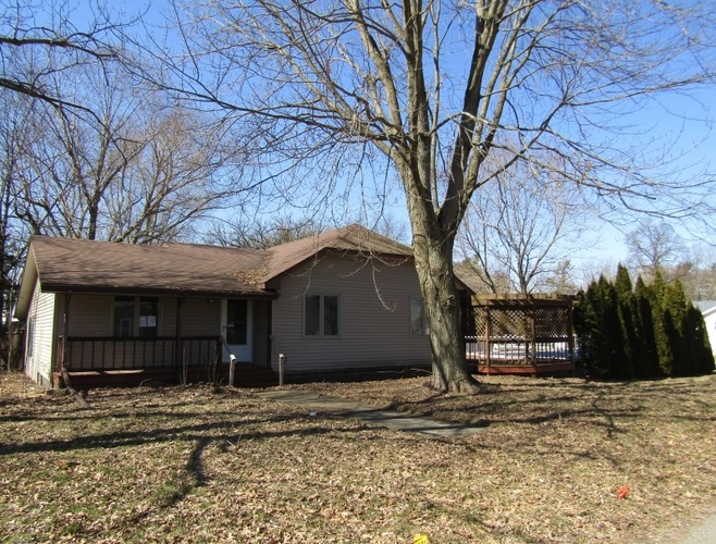 619 N Agnew Street Winamac IN 46996 | MLS 202010029 | photo 1