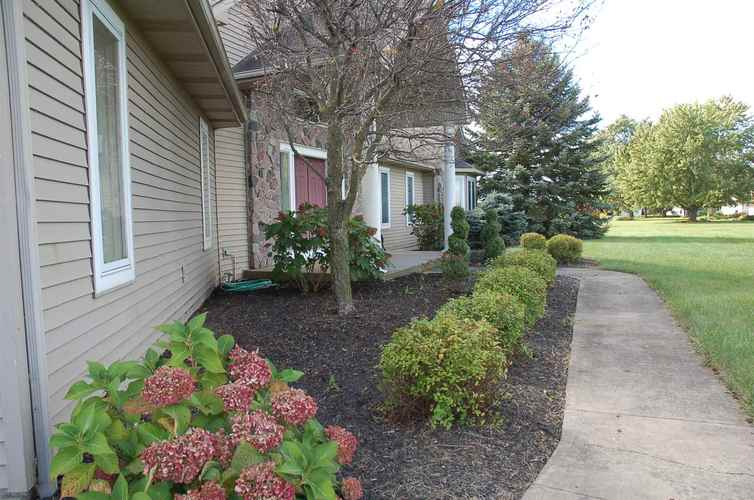 22610 Maumee Center Road Woodburn, IN 46797 | MLS 202010202 | photo 3