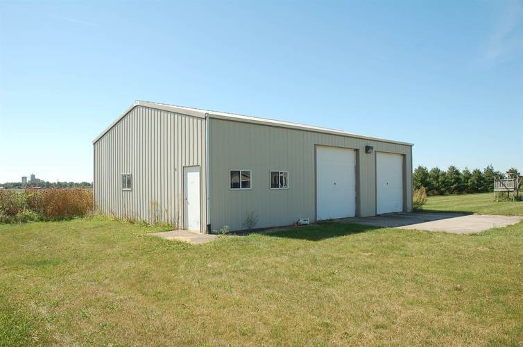 22610 Maumee Center Road Woodburn, IN 46797 | MLS 202010202 | photo 4