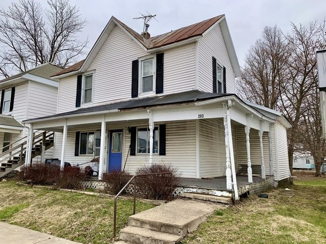 203 N Main Street Lynn, IN 47355 | MLS 202010239