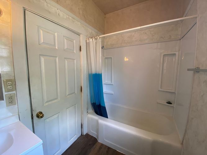 1023 S Second Street Upland IN 46989-9148 | MLS 202010294 | photo 23